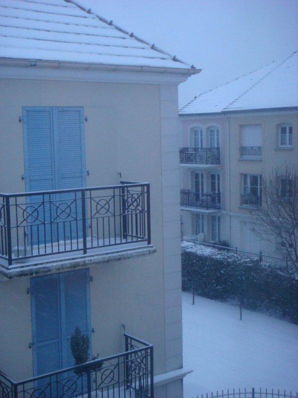 http://antre.du.meuble.free.fr/Blog/DSC04190_mini.jpg